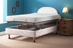 Carers Hi Low Bed